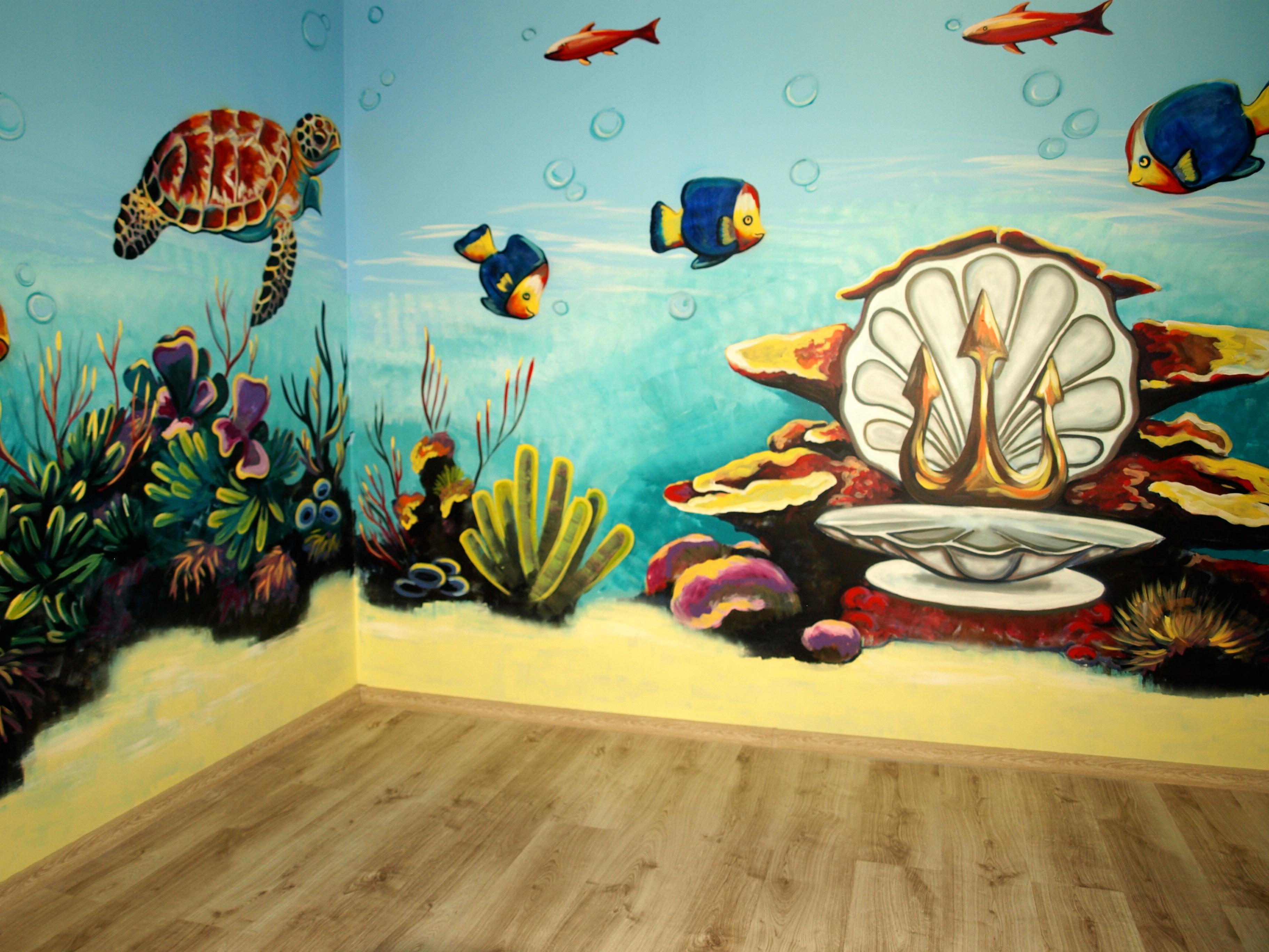 Dekoracyjne malowanie ścian i graffiti